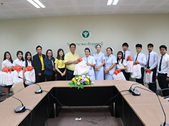 Suan Sunandha Rajabhat University Udon Thani Education Center (SSRU UDEC)provided 200 cloth bags for patients at Udon Thani Cancer Hospital in reducing plastic campaign.
